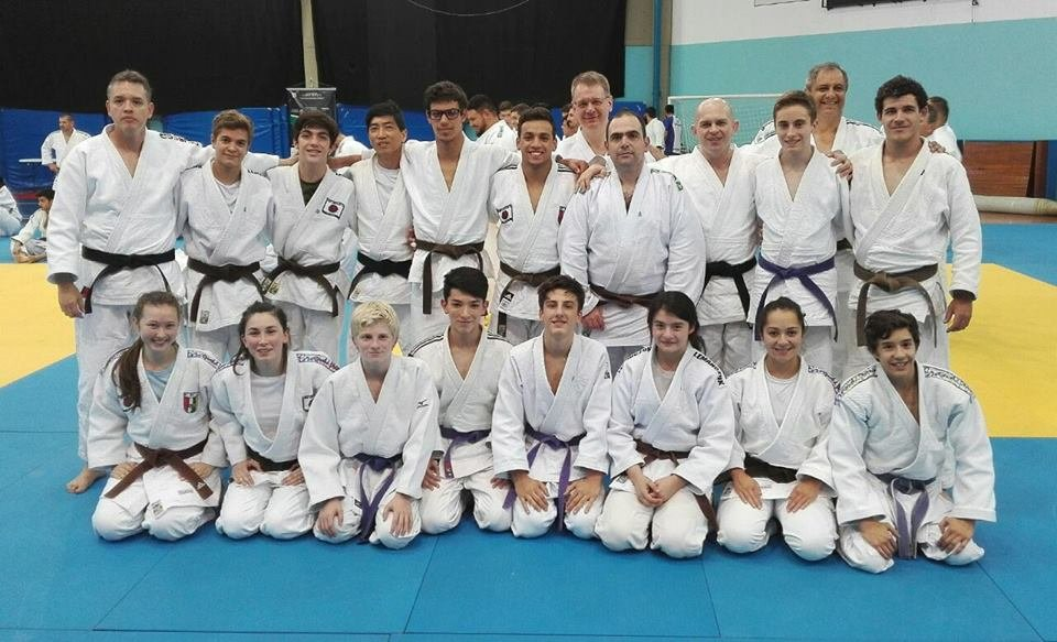 CURSO ESTADUAL DE NAGUE NO KATA - Colombo/PR